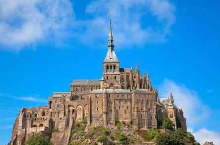 mont-saint-michel-castle-photo-u4