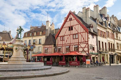 red-timbered-house-dijon