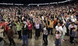 April photo of Charismatic Renewal gathering in Chicago