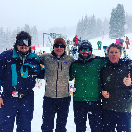 csysk_hosts_snow